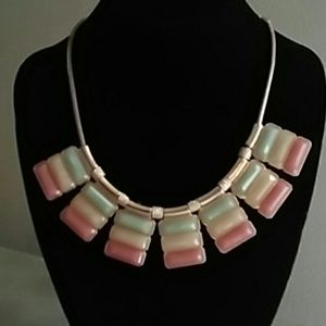 Jewelry - Gold Tone Necklace Coral Yellow Seafoam Green